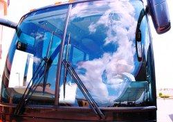 szyba autobusu